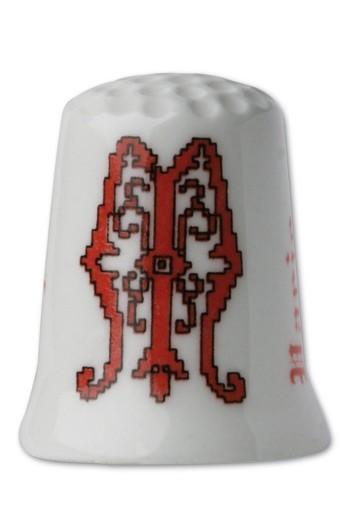 Dé porcelaine Point de croix rougeLettre M