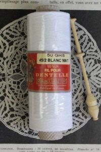 White matt linen Lace thread reel - Size 18/2 - Fil Au Chinois