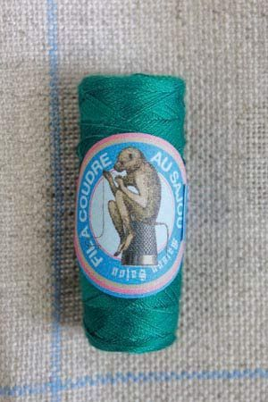 Polyester sewing thread Sajou cocoon colour 7668 Salamander
