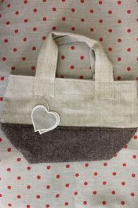 Canvas and boiled wool bag colour deer heart to embroider