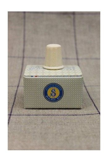 Sewing thimble Veined Ivory Style