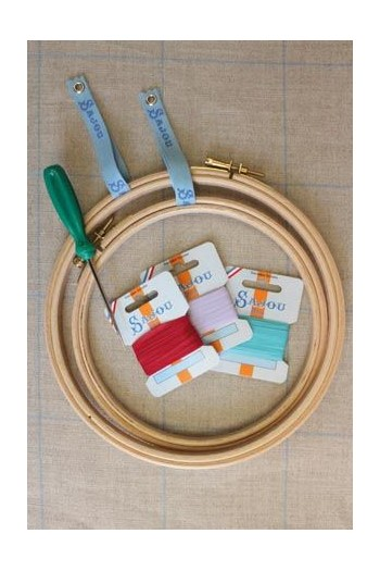 Embroidery ribbon card - 3mm width - Col.406 almond