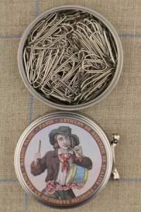 Sajou drummer boy metal tin with paper clips