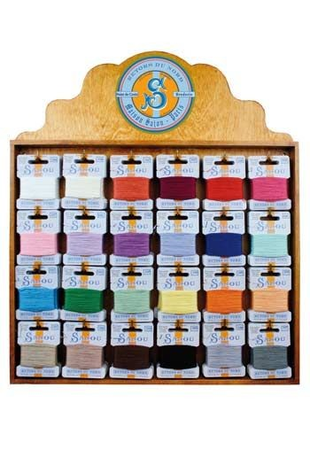 Haberdashery display 120 Laine Saint-Pierre cards