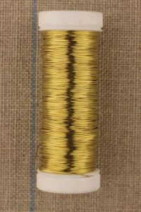 Spool of thick metal thread Lebaufil gold colour