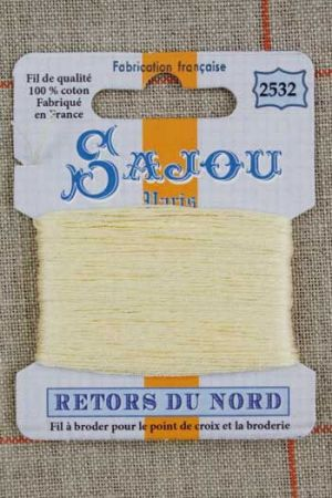 Sajou embroidery thread Retors du Nord colour 2532 Straw