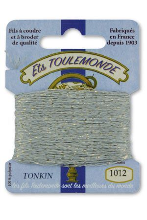 Tonkin embroidery thread polyester / gold lurex strand 1012 - Grey