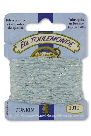 Tonkin embroidery thread polyester / gold lurex strand 1011 - Sky Blue