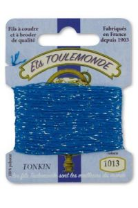 Tonkin embroidery thread polyester / gold lurex strand 1013 Azure
