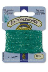 Tonkin embroidery thread polyester / gold lurex strand 1017 Emerald