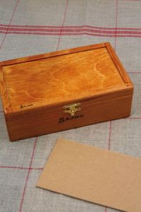 Wooden rectangular box to embroider