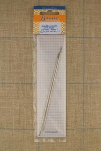 Two Sajou mattress needles N°6, length 150mm, diametre 2mm