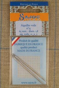 Two Sajou sail needles N°15, length 65mm, diametre 1.8mm