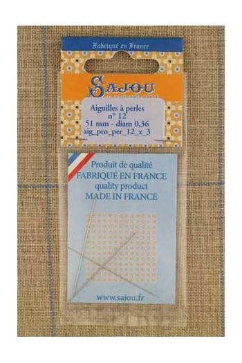 Three Sajou needles for bead threading size n°12, length 51mm, diametre 0.36mm.