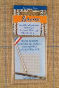 Three Sajou  needles n°3/0 for leather repair, length 60mm, diametre 1.75mm.