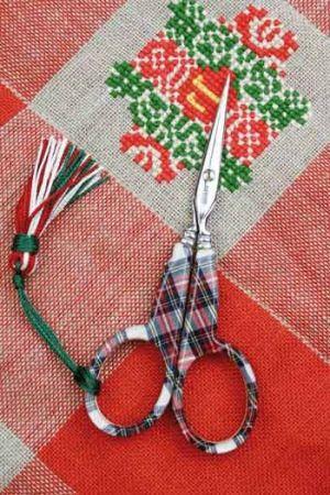 Ciseaux à broder Sajou tissu écossais
