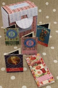 Buy together: needle booklets in Sajou gift box