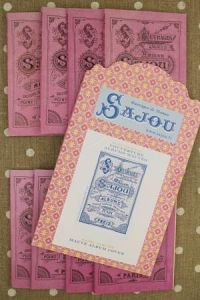 Sajou mauve album series and cover pattern chart to embroider