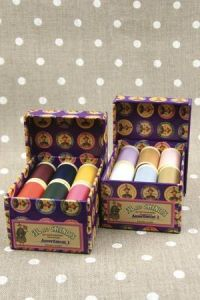 Fil Au Chinois Polyvalent sewing thread boxes assortments 1 and 2