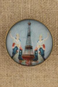 Sajou couture button - Eiffel Tower and allegory