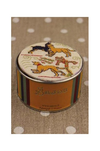 Sajou cross stitch kit Animals from the Bayeux embroidery