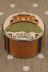Sajou cross stitch kit Mont Saint-Michel from the Bayeux embroidery