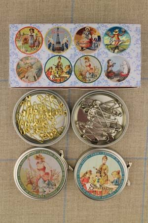 Safety pins assortment in metal Sajou tins