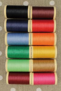 Box of 12 spools Gloving thread - Assortment 4 - bright tones