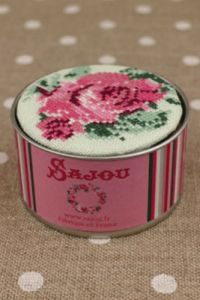 Sajou cross stitch kit Rose motif round box to embroider on green linen