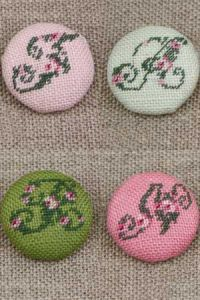 Sajou cross stitch kit buttons to cover with rose alphabet