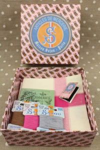 Gift box with three tea towels grey pink and braun