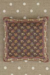 Queen's Tapestry pattern small cushion sewing kit