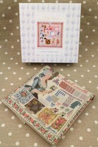 Buy together: Marie-Antoinette kit and linen printed tea towel