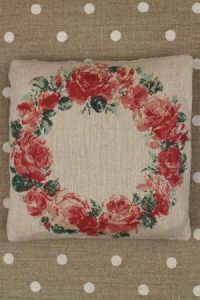 Sajou Japanese roses small cushion to sew