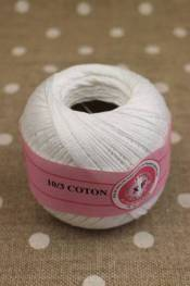 Knitting and crochet yarn size 10/3 colour white