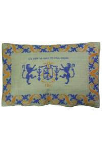 Sajou embroidered cushion: The Bohier/Briçonnet coat of arms at Chenonceau