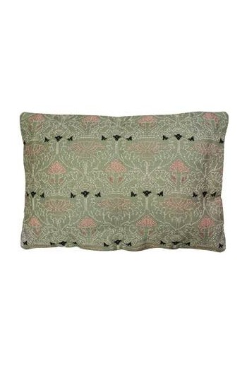 Sajou embroidered cushion: the Chenonceau château green room