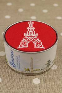 Sajou Cross stitch kit box to embroider Eiffel Tower red