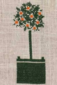 France's Most Beautiful Gardens Association logo - an orange tree