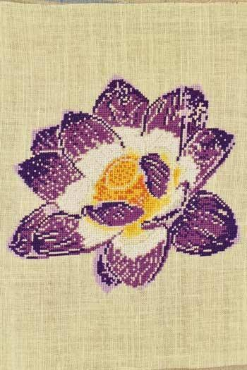 Cross stitch kit: Lotus flower