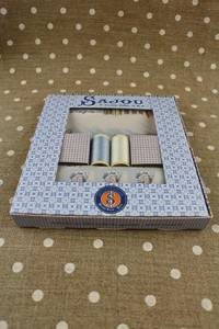 Sajou gift box Ho mais c'est Versailles !fabrics and threads