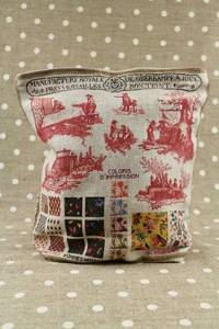 Front of Sajou Toile de Jouy large linen pouch with plum-coloured lining