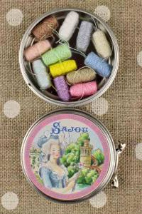 Marie-Antoinette metal tin with 12 pastel tones polyester thread cocoons