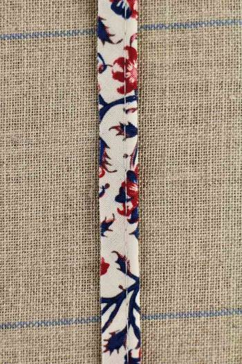 2mm cord cotton piping with Sajou Indienne n°9 on cream base