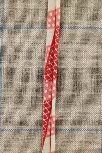 2mm cord cotton piping with Sajou Damas red coordinate 1 fabric