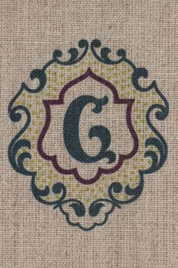 Sajou letter G traditional embroidery print