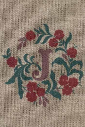 Sajou letter I/J buttercup decor traditional embroidery print