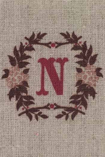 Sajou letter N bay leaves traditional embroidery print