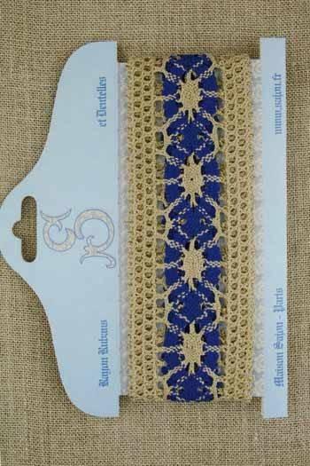 natural /blue linen lace card - Model 30