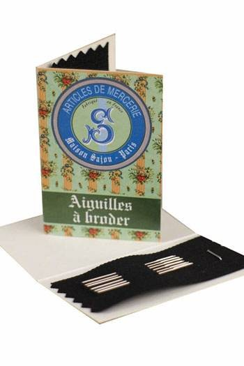 6 embroidery needles green booklet